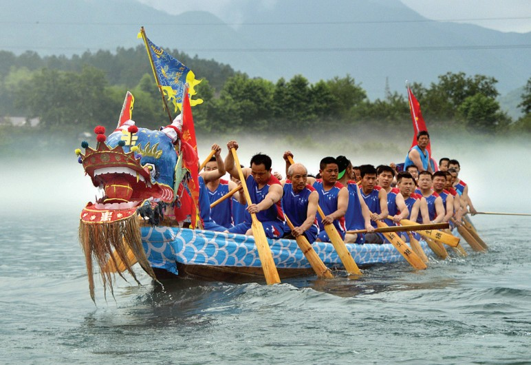 the history of the dragon boat festival in taiwan The dragon boat has become a worldwide event, whether it is taiwan, china, southeast asia, the americas, europe, australia and other places there are dragon boat footprints all around the world which means the dragon boat was originally a traditional chinese folk sport, but now has been extended to the rest of the world.